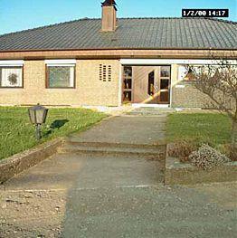Vorgarten 200 qm mit naturstein mediterran for Gartengestaltung 200 qm