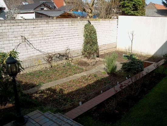 Wir bauen diesen garten neu for Gartengestaltung 100 qm
