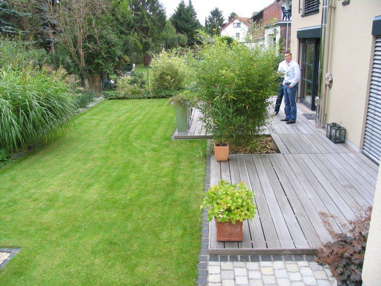 Hausgarten mit mediterraner gestaltung for Gartengestaltung 100 qm