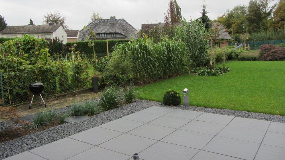 Gr ser garten nach der fertigstellung - Gartenanlagen mit steinen ...