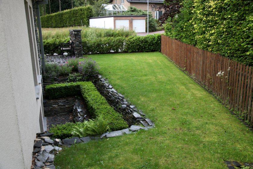 Vorgarten nach der fertigstellung for Gartengestaltung 100 qm
