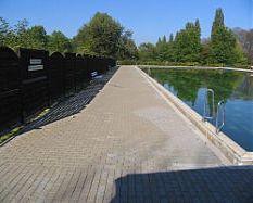 Schwimmbecken Freibad Jülich