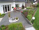 Terrassengestaltung mit Wasserspiel
