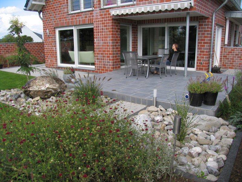 Fertiger hausgarten for Gartengestaltung 100 qm