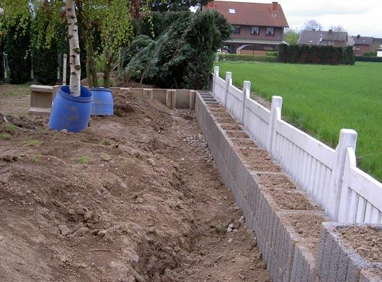 Betonschalsteine Erleichtern Den Bau Eines Schwimmteiches In Eigenleistung