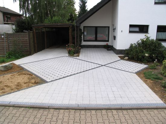 Hauseingang mit carporteinfahrt for Gartengestaltung hauseingang