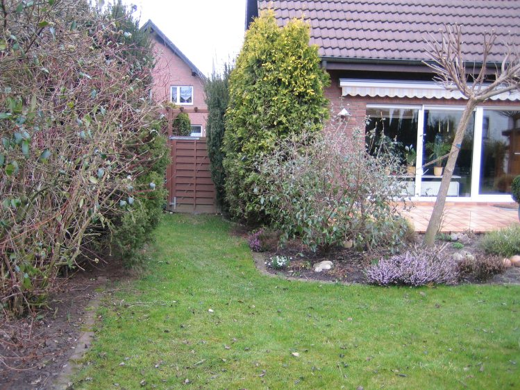 Alter garten wird zum wohngarten for Gartengestaltung 150 qm