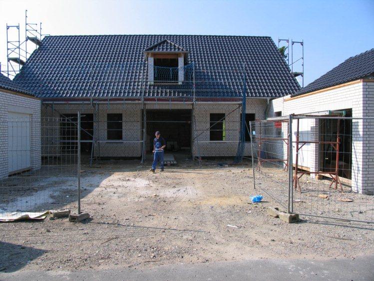 qm neuer garten f r ein neu erbautes einfamilienhaus On gartengestaltung 800 qm