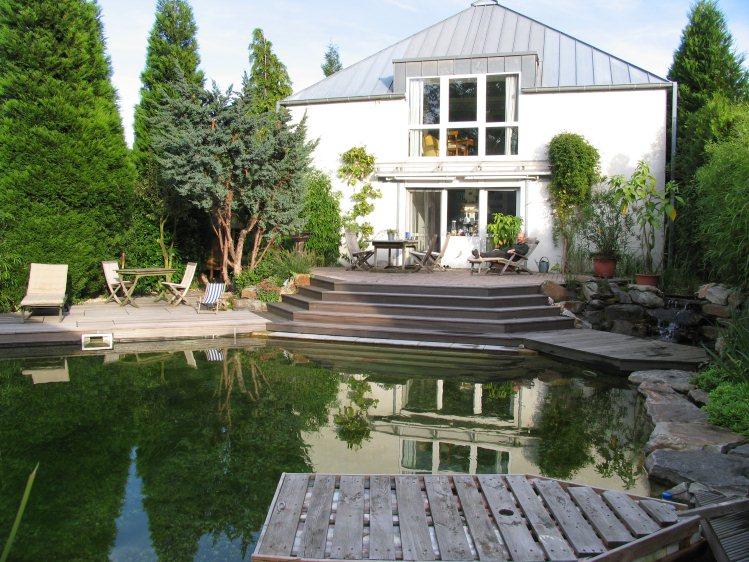 Schwimmteich Planen Und Bauen ? Gartenplanung Düsseldorf ... Terrasse Anlegen Schritte Planung
