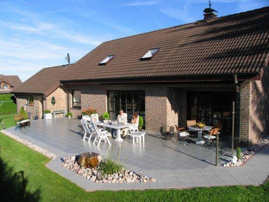 terrassengestaltung terrassenbau im raum k ln. Black Bedroom Furniture Sets. Home Design Ideas