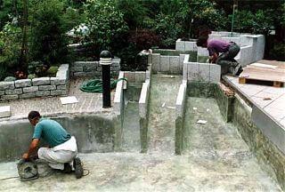 Wasser-Becken Teichbau mit GFK-Abdichtung
