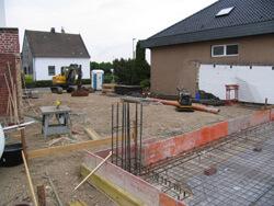 Fundament des Garagenneubaus