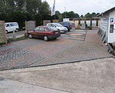 Parkplatz Betonsteinwerk