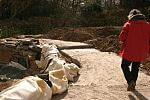 Beton stabilisiert weitere Schollensteine