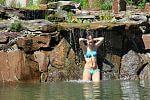 Natur-Dusche im Schwimmteich
