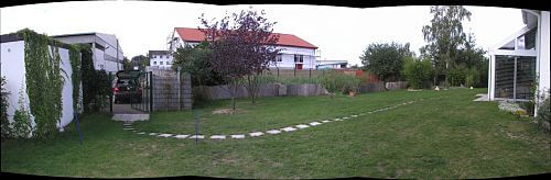 linke Gartenseite
