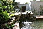 Wasserkaskade über Bruchsteine