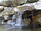 Natursteinwasserfall